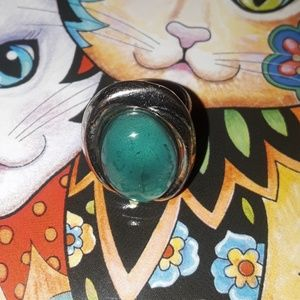 A adjustable/fits everyone Retro ☆☆Mood Ring ☆☆